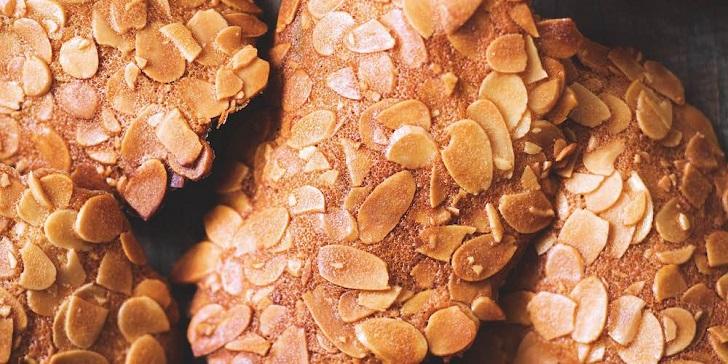 [Hướng Dẫn] Cách làm Bánh Ngói Hạnh Nhân