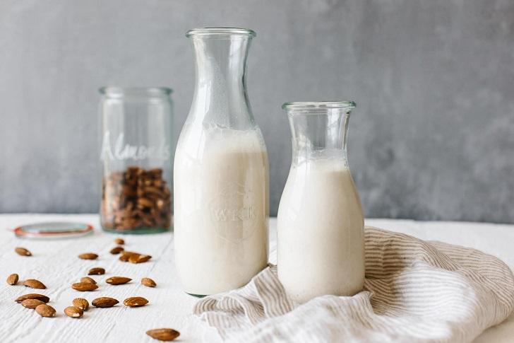 [Hướng Dẫn] 6 Cách làm Sữa Hạnh Nhân đơn giản tại nhà
